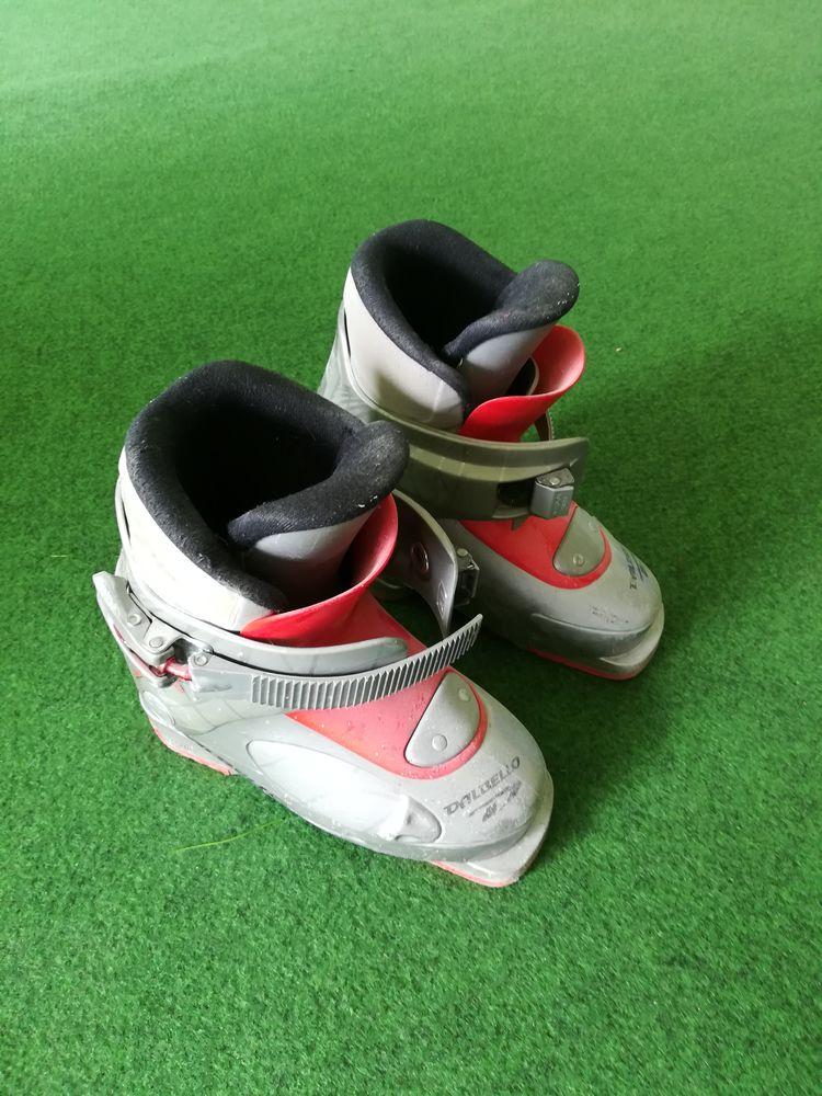 Chaussures de ski enfant taille 29 / 18,5  0 Vétraz-Monthoux (74)