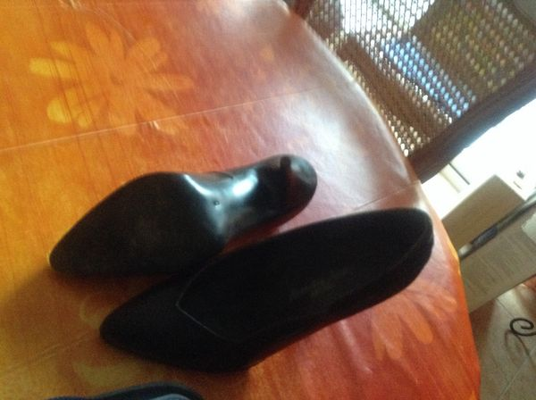 Chaussures  de femme  Cuir 49 Six-Fours-les-Plages (83)