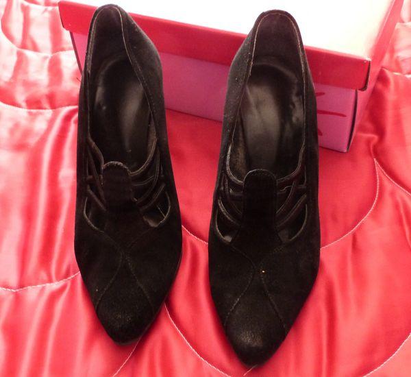 Chaussures femme daim noir taille 37 5 Écuisses (71)