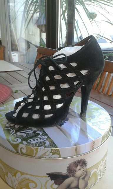 CHAUSSURES FEMME TAILLE 36 15 Vitrolles (13)