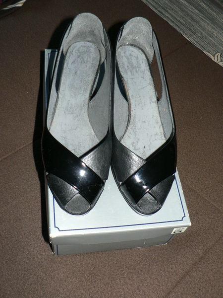 chaussures femme T36 5 Bretignolles-sur-Mer (85)