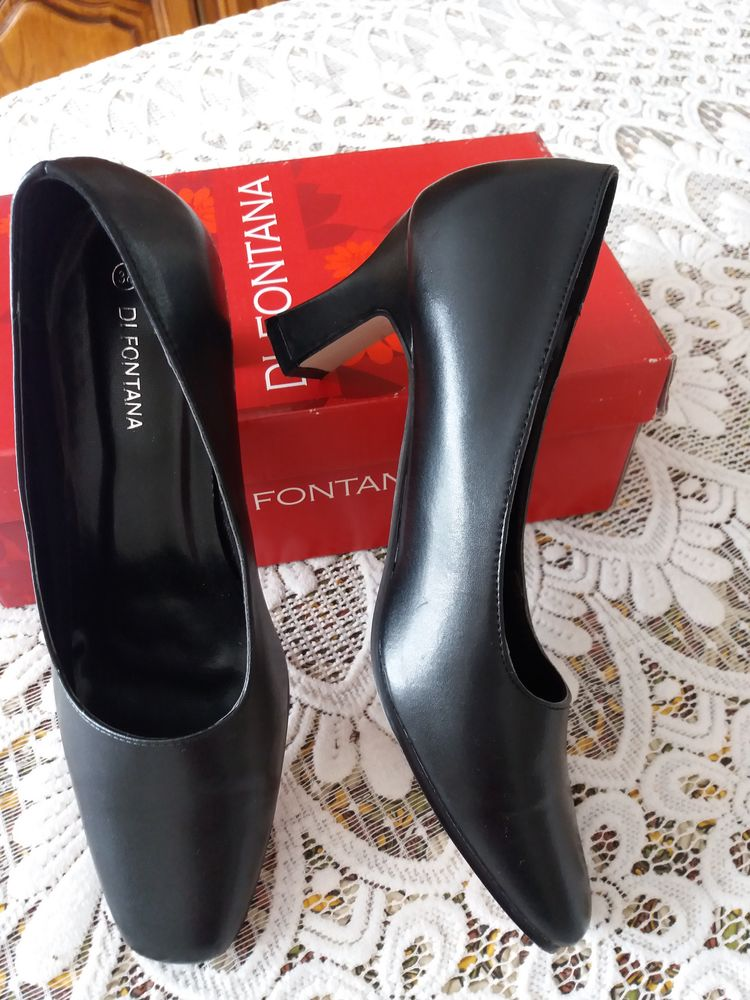 Chaussures femme 10 Le Plessis-Bouchard (95)