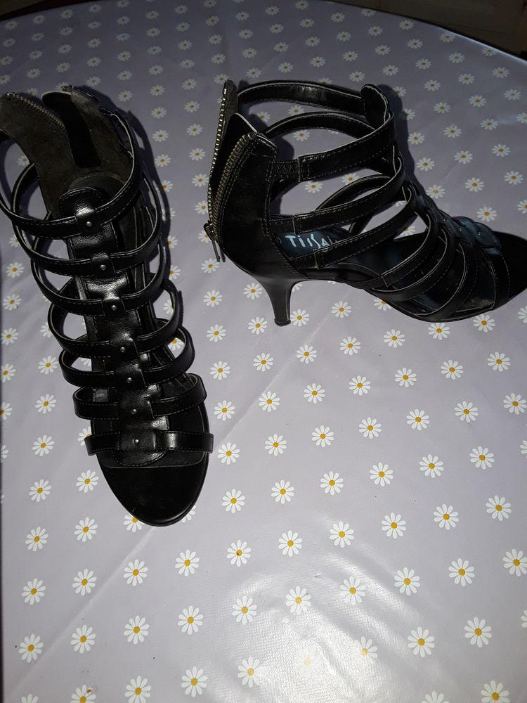 chaussures  femme 10 Labastide-Saint-Pierre (82)