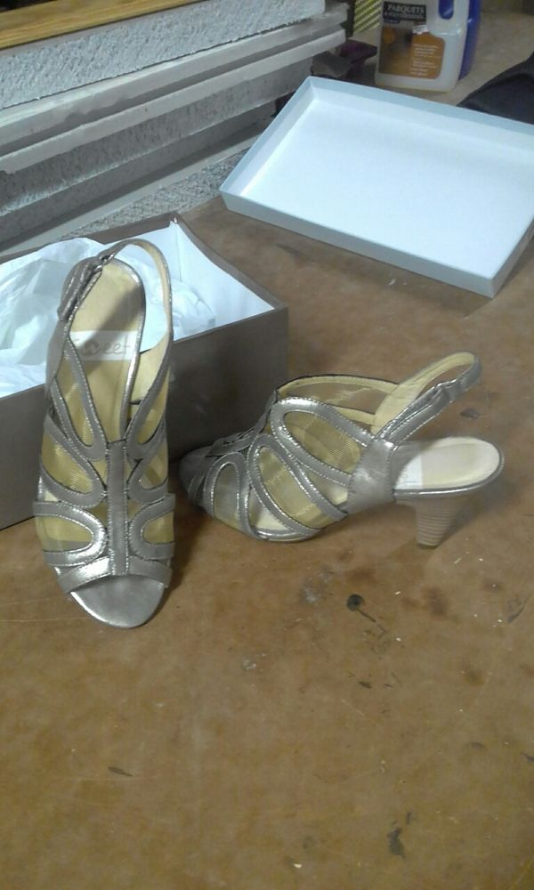 chaussures femme 15 Agen (47)