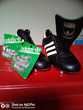 Chaussures de foot Adidas + crampons de rechange.taille 42 Sports