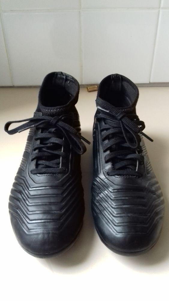 Achetez chaussure de foot quasi neuf, annonce vente à