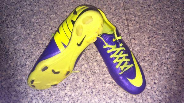 Annonce Chaussures À Occasion Nike Vente Foot 85 Achetez Montaigu STCaqq