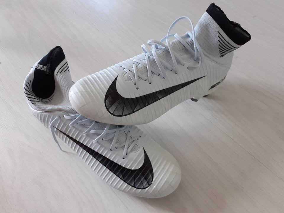 Chaussures foot NIKE Mercurial Velce 3DF CR7AGPRO taille 42  40 Boucau (64)