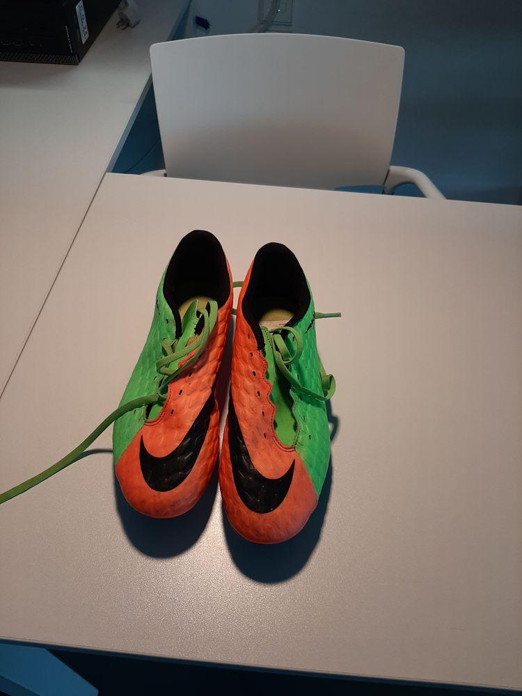 Chaussures de football Nike Hypervenom iii SG Sports
