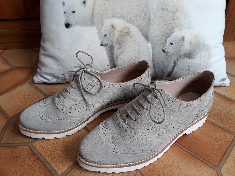 Chaussures grises - Pier One - T/ 38 12 Livry-Gargan (93)