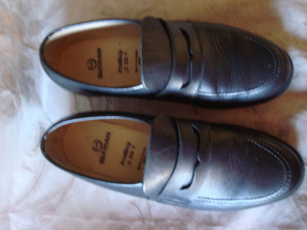 chaussures homme P43 40 Toulon (83)