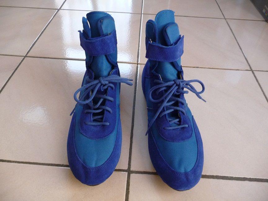 Chaussures karting bleues ? NEUVES 60 Montigny-le-Bretonneux (78)