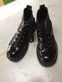 Chaussures à lacets  10 Sallanches (74)