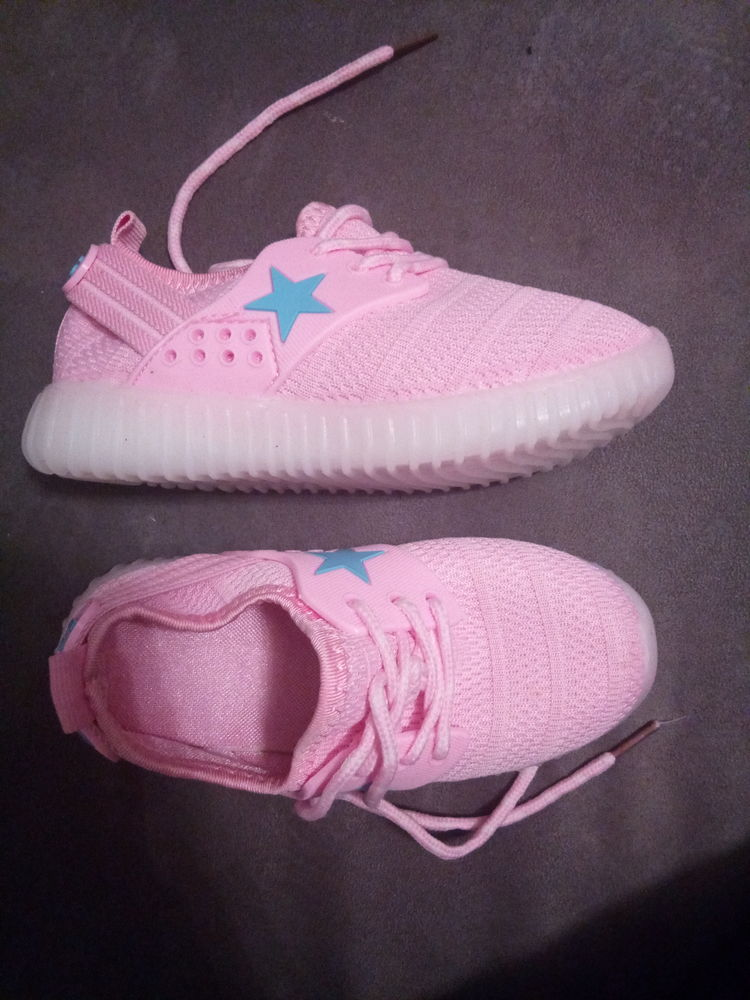 Chaussures lumineuse rose 12 Gagnières (30)