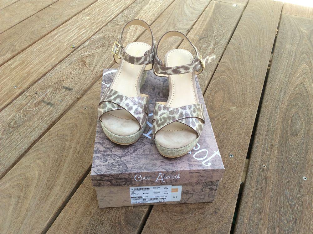 chaussures été neuves 40 Saint-Maximin-la-Sainte-Baume (83)