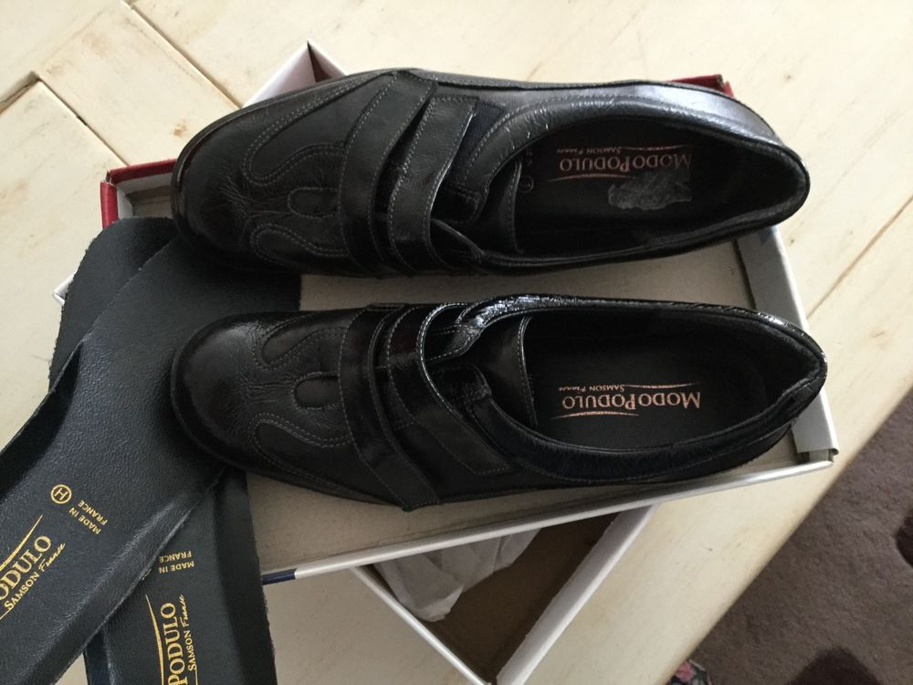 Chaussures neuves 25 Sainte-Soulle (17)
