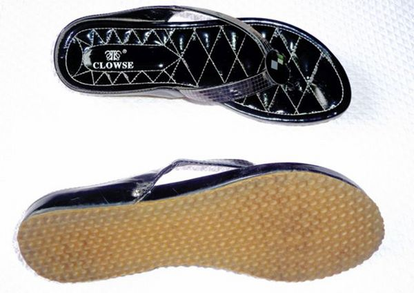 Chaussures noires TONGS, marque CLOWSE Chaussures