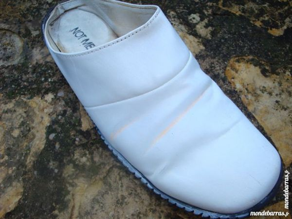 Chaussures plates style sabots 4 Nimes (30)