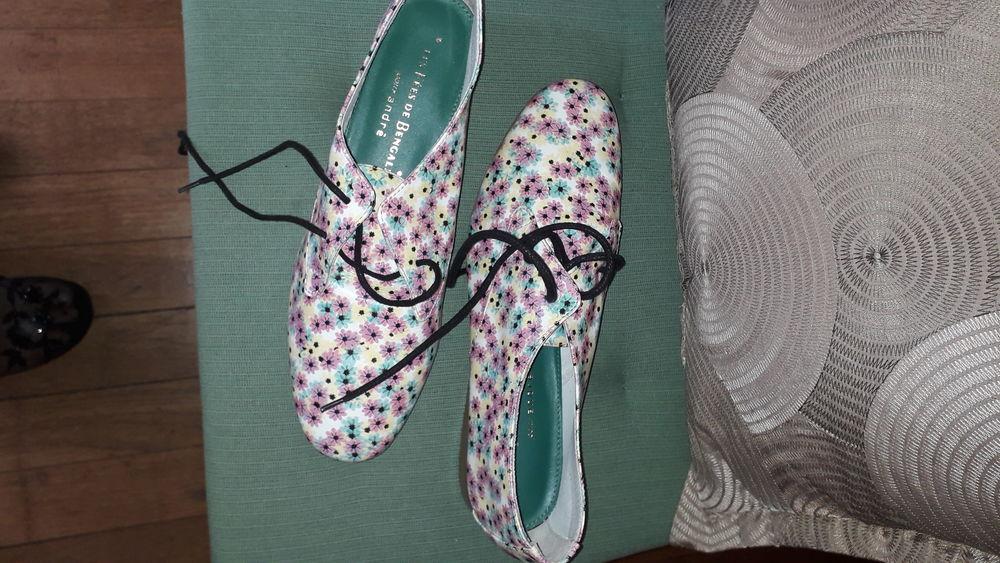 Chaussures printanières. 30 Paris 12 (75)
