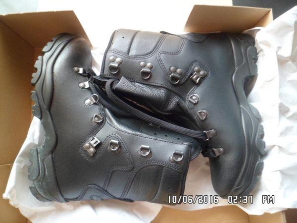 chaussures de randonnée ou combat 50 La Madeleine (59)