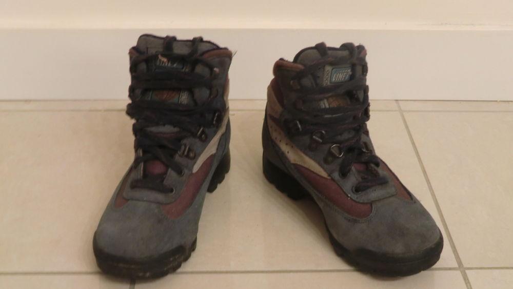 Chaussures de randonnée femme 60 Paris 19 (75)