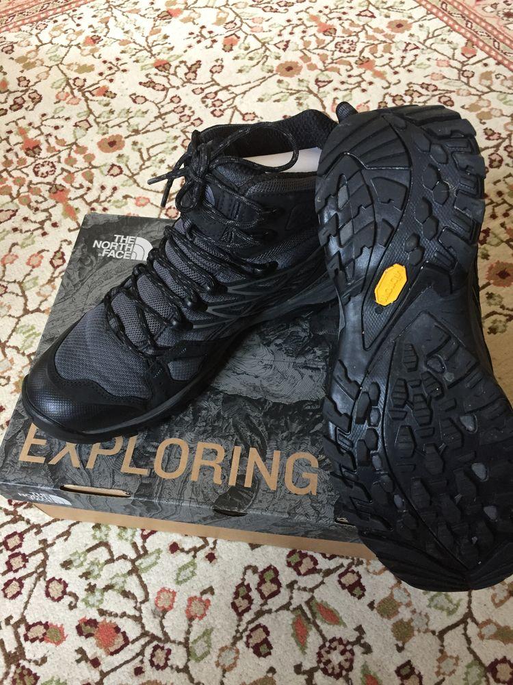 chaussures de randonnée North Face 80 Paris 8 (75)