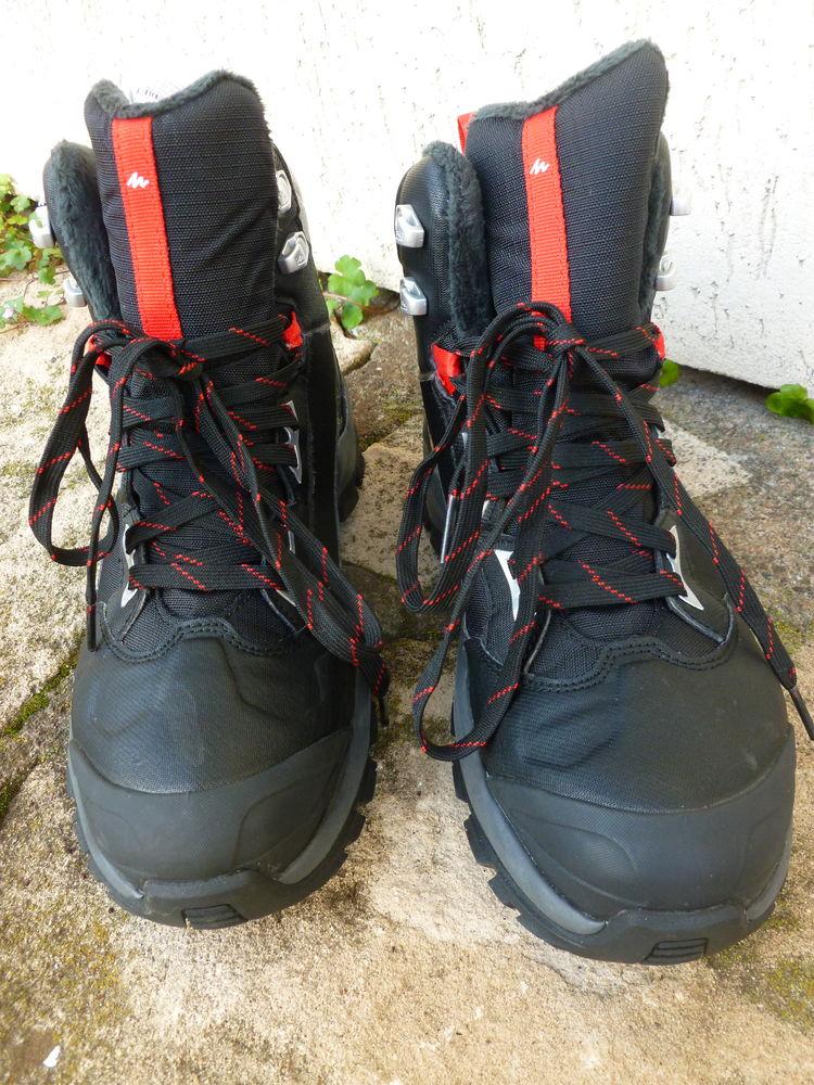 Chaussures de randonnée (semelles adaptées à la neige) 39 Vesoul (70)