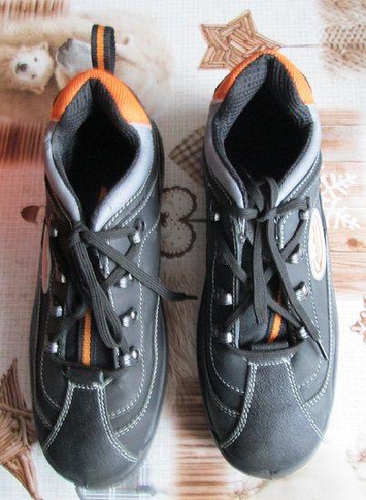 Chaussures de sécurité homme . Chaussures