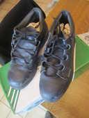 chaussures de sécurité pointure 40 mise très peu 10 Mérignies (59)
