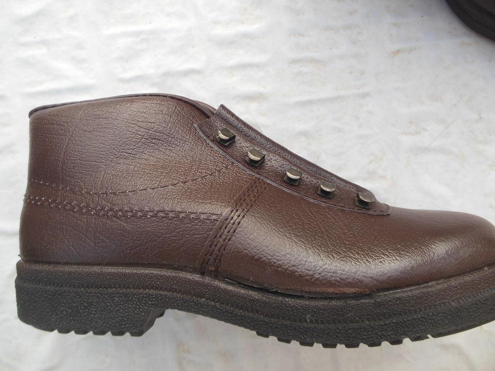Chaussures de sécurité. 15 Gurcy-le-Châtel (77)