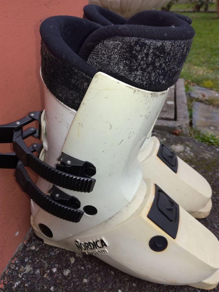 Annonce Vente Chaussures De Skis Achetez Occasion fqSCZw