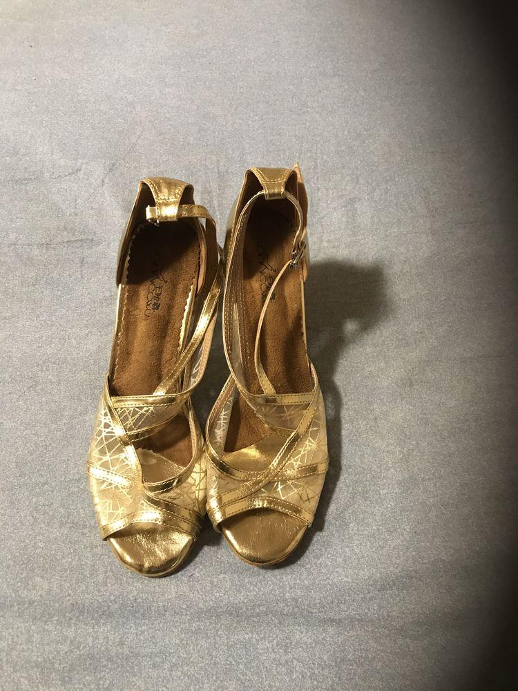 Chaussures spéciales tango neuves doré . 50 Paris 20 (75)