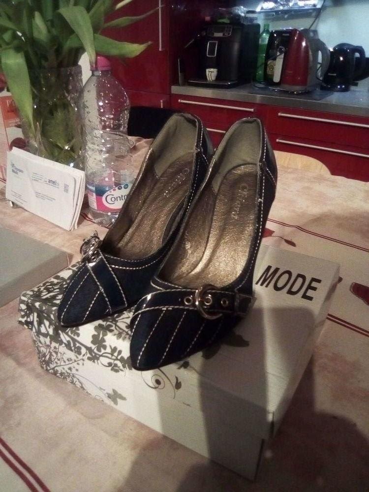600660414fb Chaussures de ville femme en jean neuves Pointure38 Chaussures