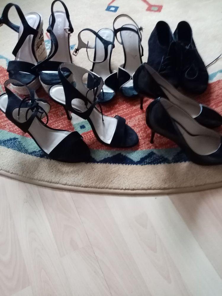 Lot de chaussures  100 Saverdun (09)