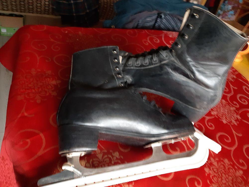 Chaussures  de ski  25 Saint-Memmie (51)