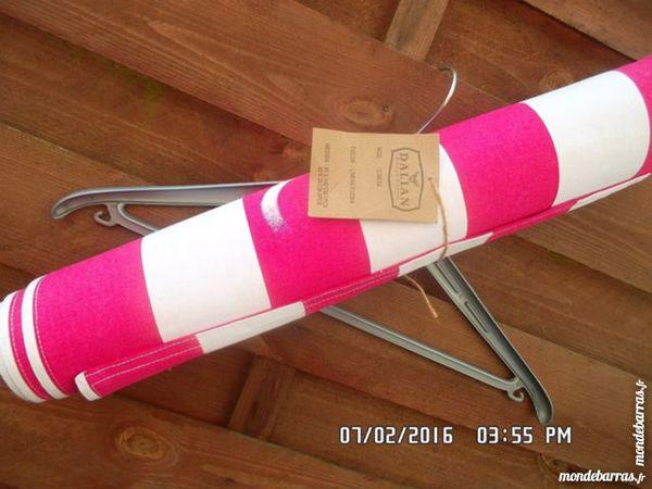 chemin de table rose-blanc 3 Chambly (60)
