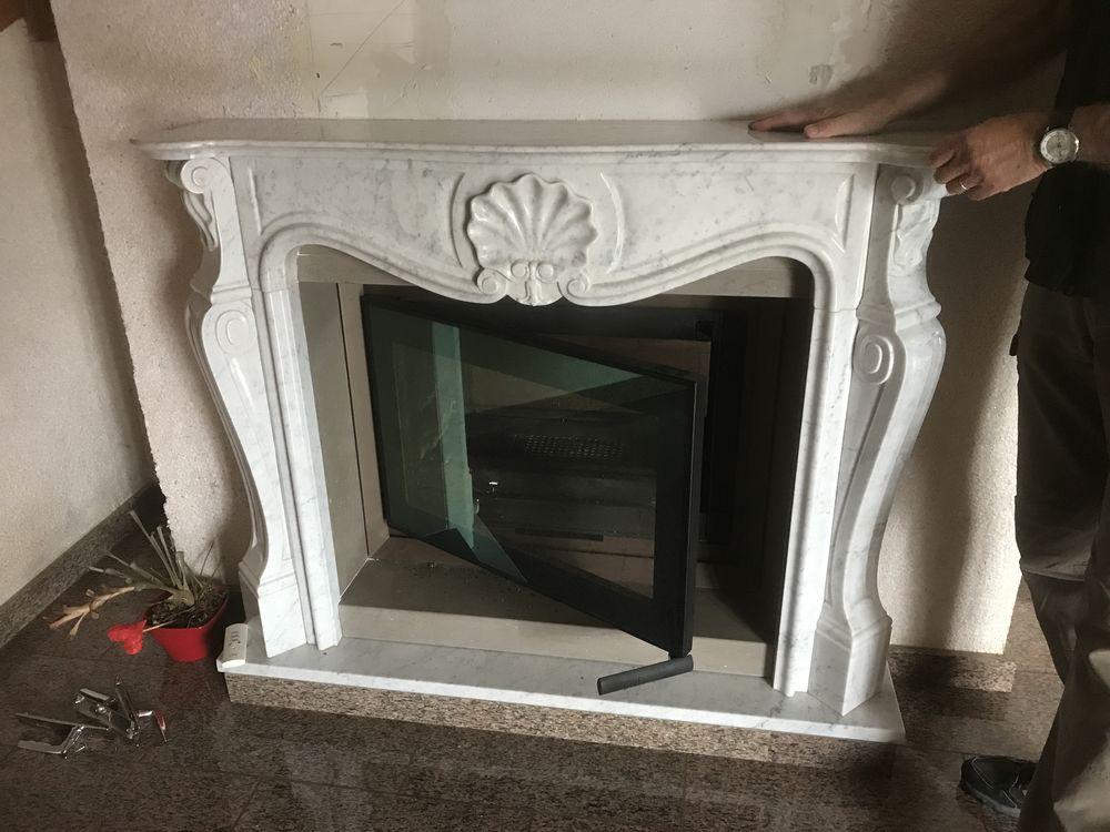 Cheminée marbre blanc avec insert double face  0 Malbuisson (25)