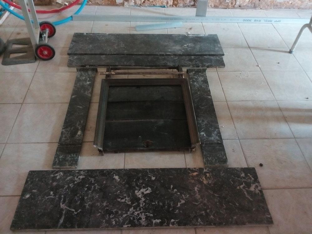 cheminée marbre noir 250 Nersac (16)