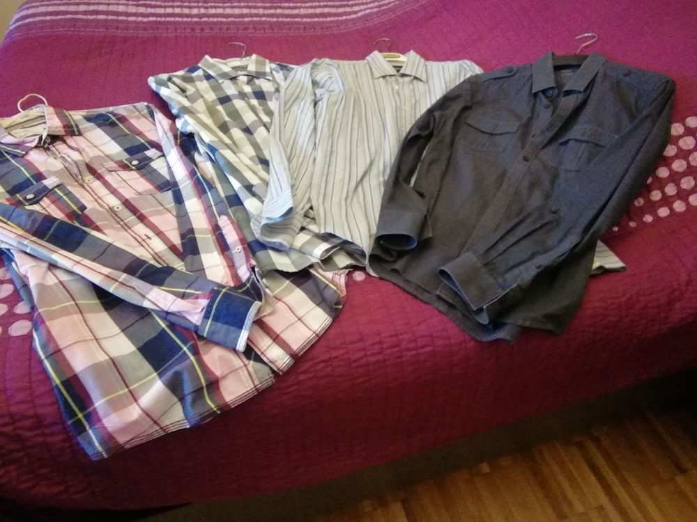Lot de 4 chemises en taille M.  15 Meurchin (62)
