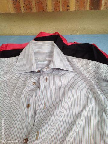 lot de chemises T38 TBE 18 Villepinte (93)