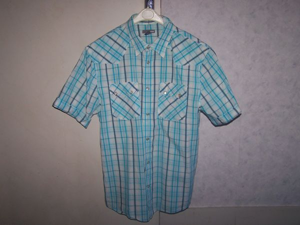 2 chemisettes H & M  homme 10 Limoges (87)