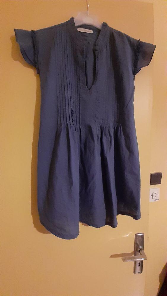 Chemisier bleu, manches courtes taille M/L 2 Grisolles (82)
