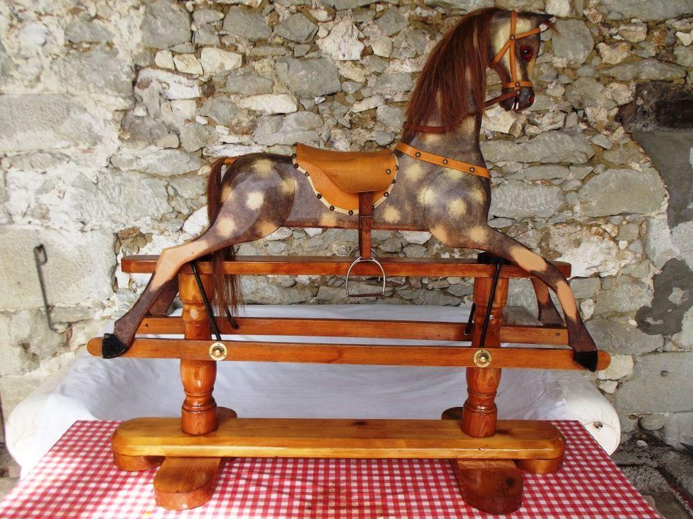 chevaux bascule occasion en aquitaine annonces achat et vente de chevaux bascule. Black Bedroom Furniture Sets. Home Design Ideas