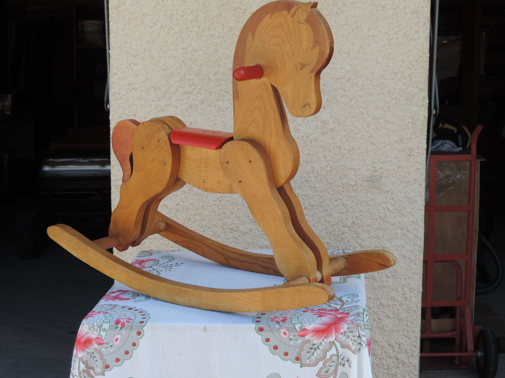 cheval à bascule 15 Lavardac (47)