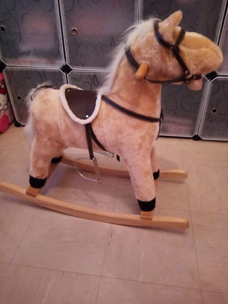 cheval à bascule 10 Confolens (16)