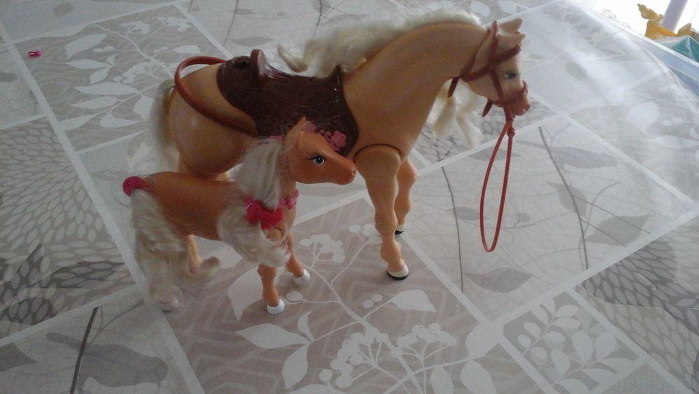 Chevaux Barbie Jeux / jouets