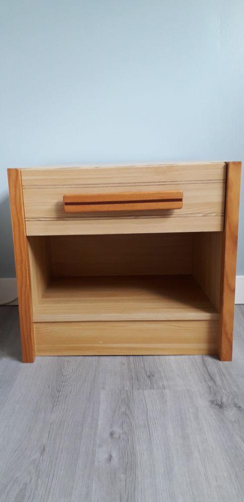 Chevet lit, un tiroir et un rangement 25 Plédran (22)