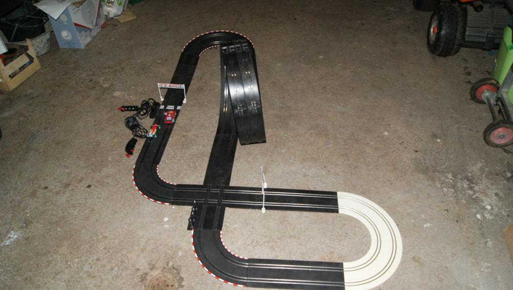 circuit electrique disney pixar cars Jeux / jouets