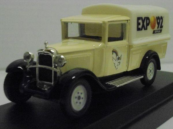 Citroën C4F fourgon EXPO 92 - 1930 28 Follainville-Dennemont (78)