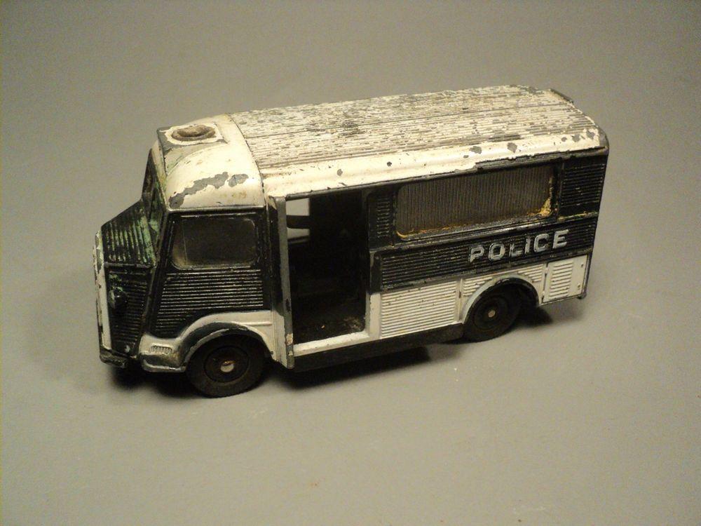 Citroen HY   Car de Police Secours   Dinky Toys N°566.  22 Loches (37)